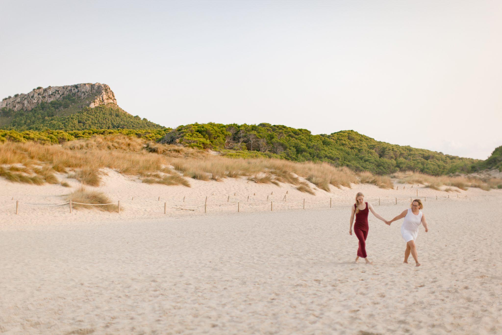 Linda honeymoon cala mesquida Mallorca 18