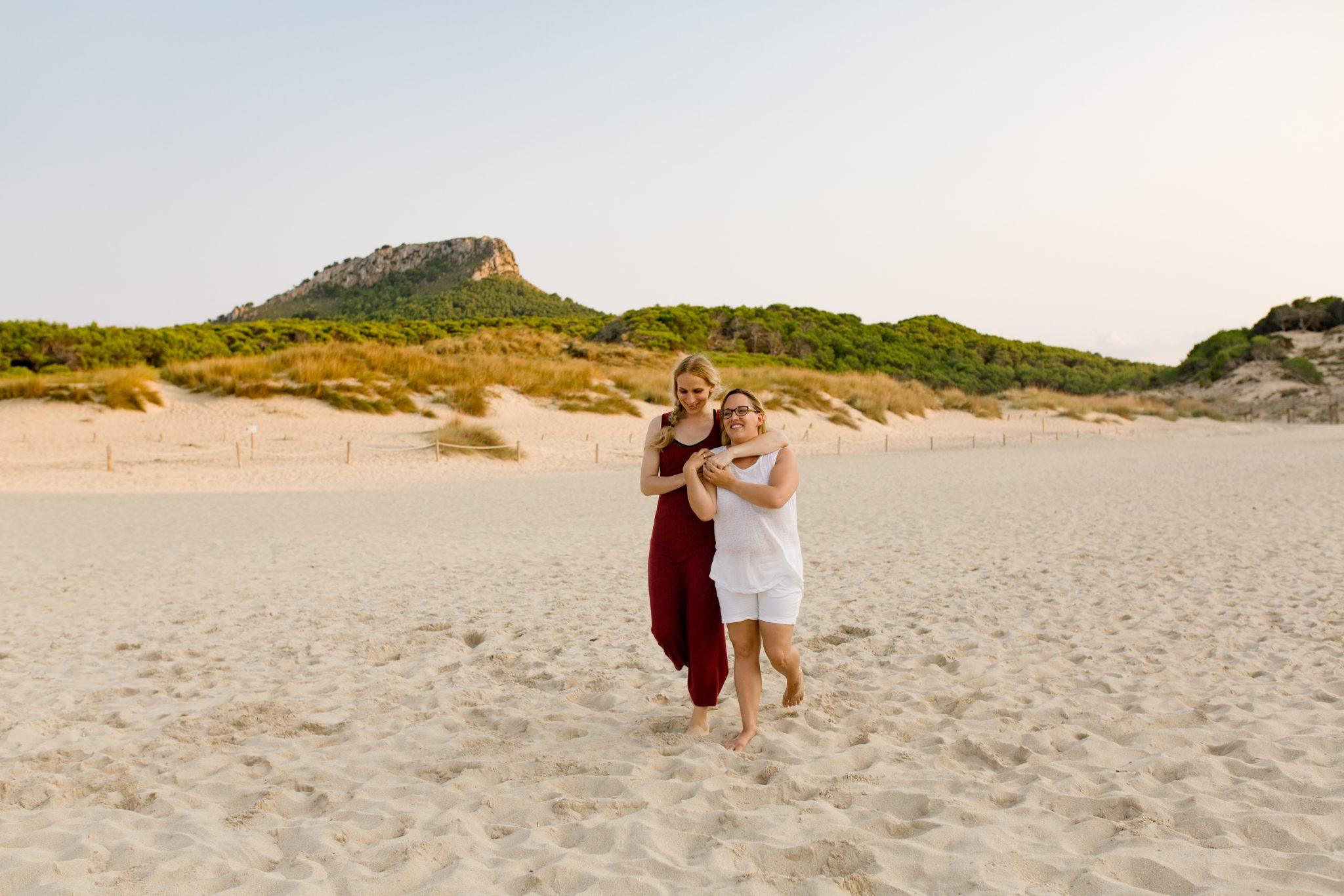 Linda honeymoon cala mesquida Mallorca 19
