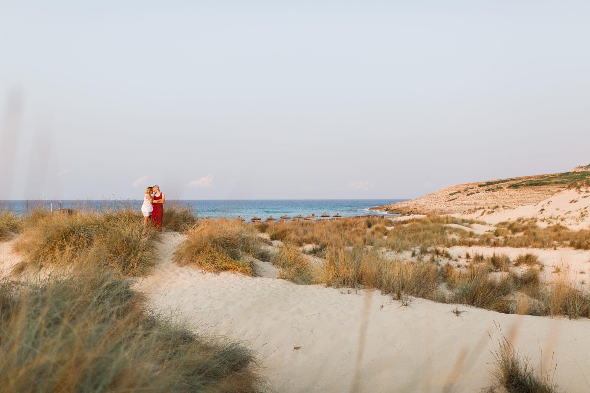 Linda honeymoon cala mesquida Mallorca 26